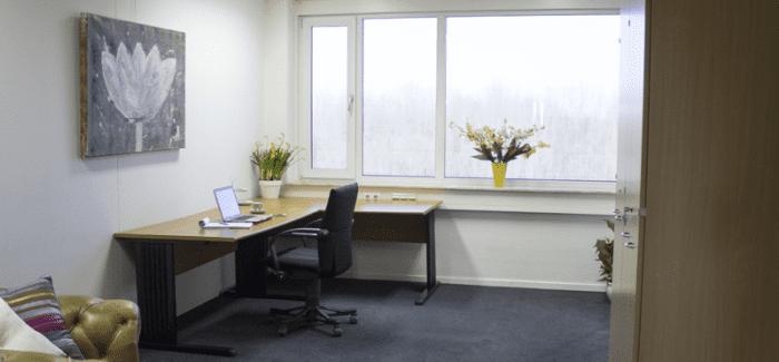 flexibele kantoorruimte of werkplekken assen huren