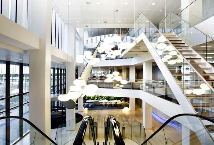 NUON-nieuwAmsterdam-interieur-kantoor-Heyligers-06-700x475