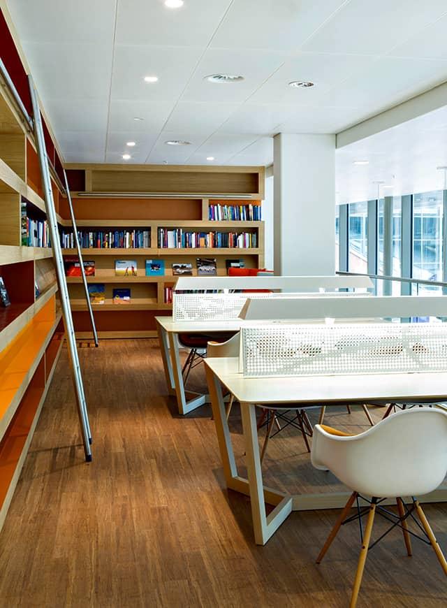 NUON-nieuwAmsterdam-interieur-kantoor-Heyligers-24