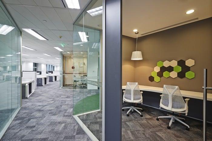 7.quiet-workspace-700x466