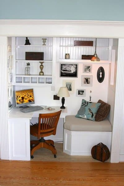 closet_office_with_reading_nook