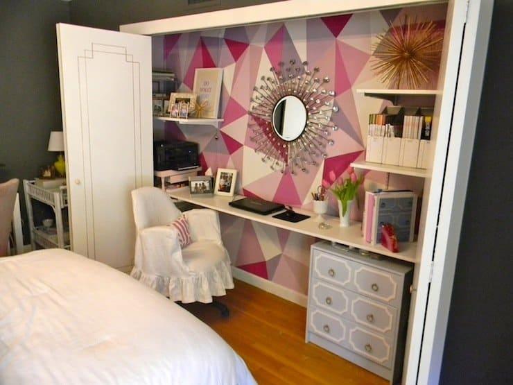 geometric_pink_office