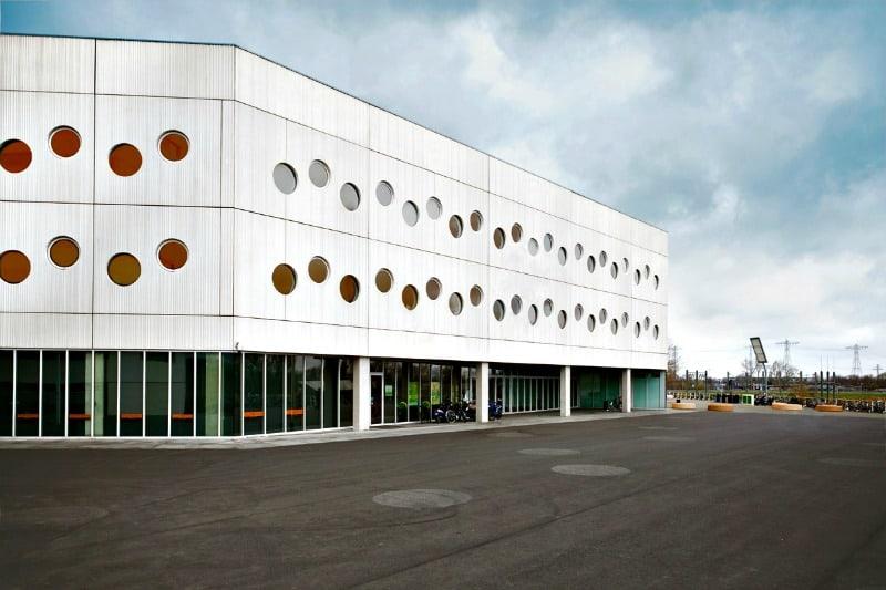 flexibele-kantoorruimte-groningen-huren-stadion-buiten-overzicht