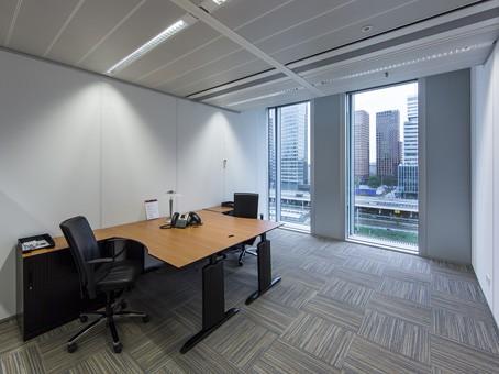 Werkplek huren business center amsterdam wtc kantoorruimtevinden.nl