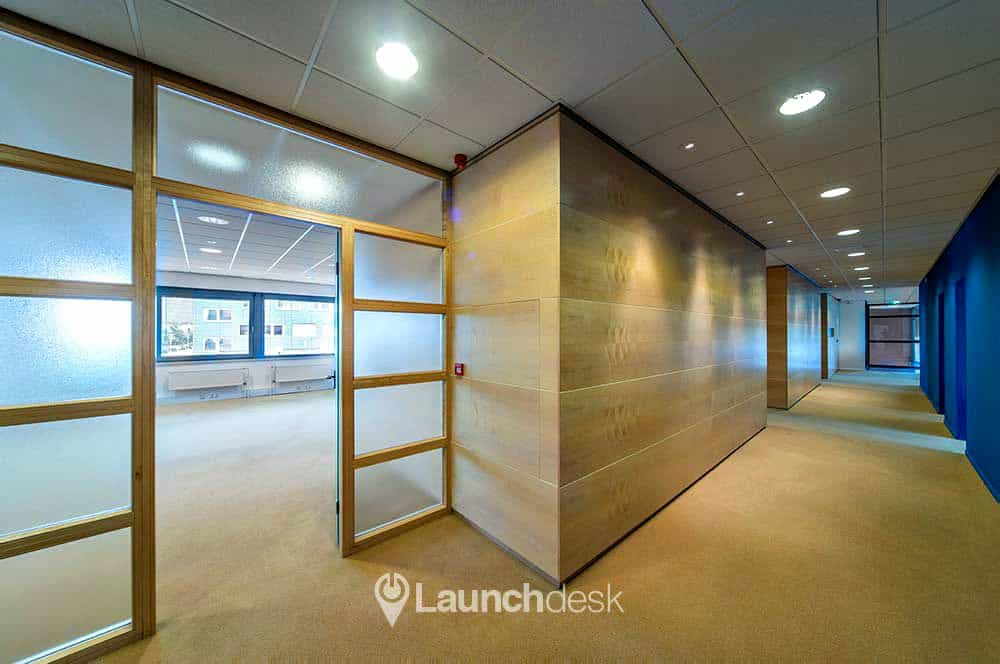 grote kantoorruimtes te huur bedrijfsverzamelgebouw apeldoorn