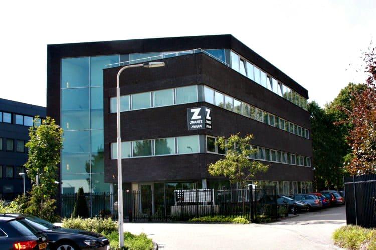 kantoorgebouw gelegen bedrijventerrein laar tilburg zuid
