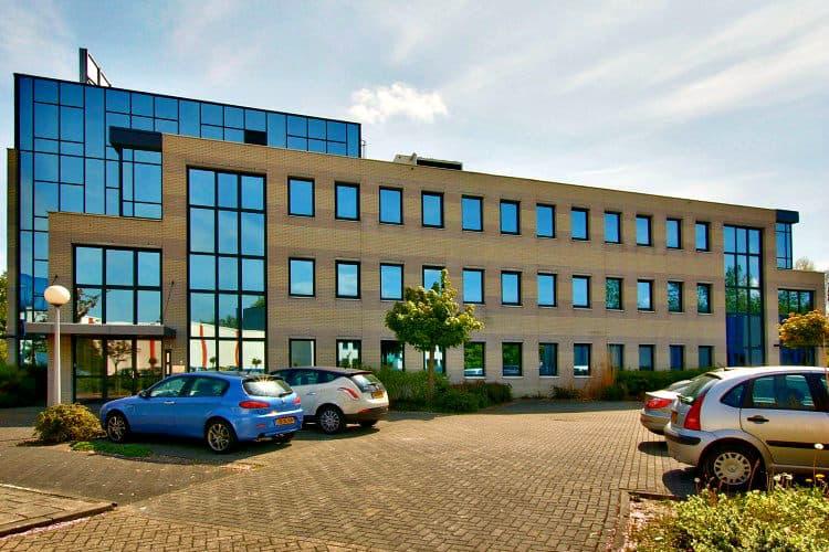 werkplek huren baarnsche dijk business center