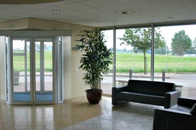 4 verdiepingen tellend kantoorgebouw A1 locatie duiven