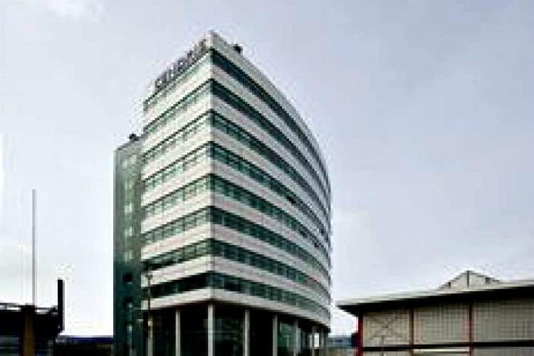 modern kantoorgebouw te huur bedrijvengebied de binckhorst