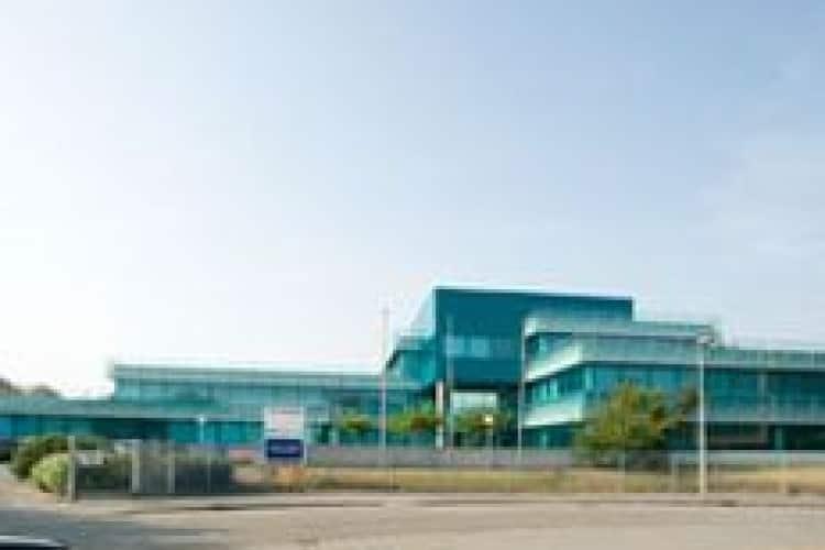 opvallend kantoorgebouw zichtlocatie eindhoven