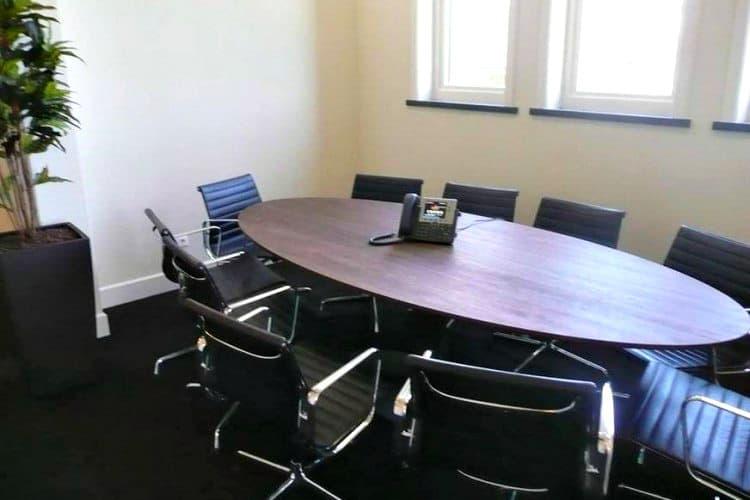 kantoorpand beschikbaar steenworp afstand van lisse centrum