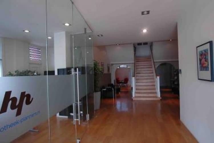 kantoorunits-beschikbaar-kantoorvilla-heerlen-hal_mini