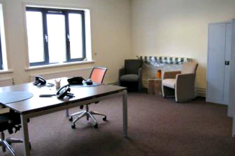 volledig ingerichte werkplek te huur haarlem waarderpark kantoor