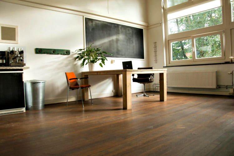 kantoor beschikbaar in een karakteristieke school amsterdam west