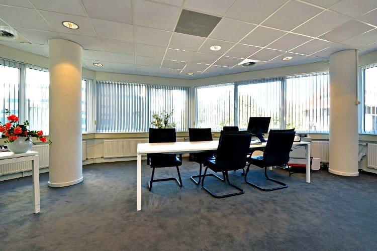 kantoorruimtes te huur in het witte huis met faciliteiten te zeist