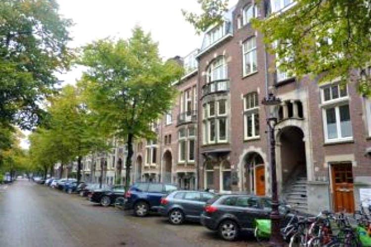 karakteristieke kantoorvilla met werkplekken te huur in amsterdam