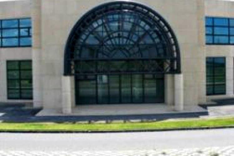 multifunctioneel kantoorpand bedrijventerrein borchwerf roosendaal
