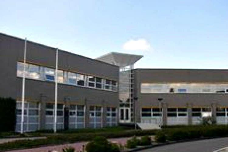 representatief kantoorgebouw prominente plek roosendaal