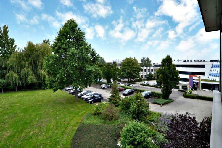 zelfstandig kantoorgebouw te huur bedrijventerrein middelland woerden