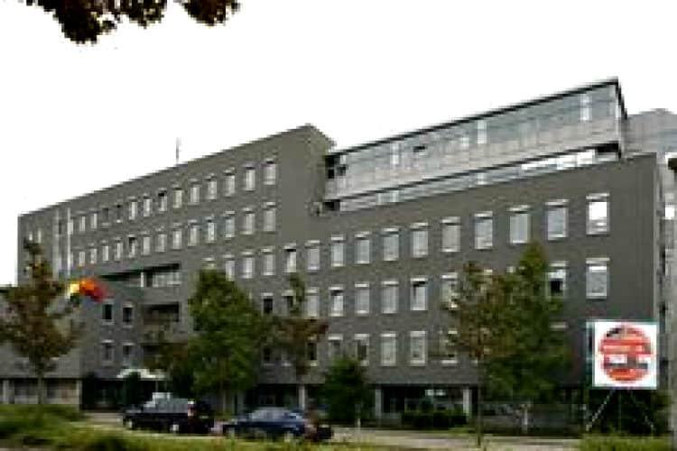 zelfstandig kantoorgebouw te huur met voorzieningen zoetermeer