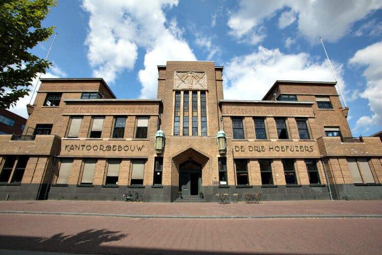 business center gevestigd in het oude hoofdkantoor oranjeboom de drie hoefijzers